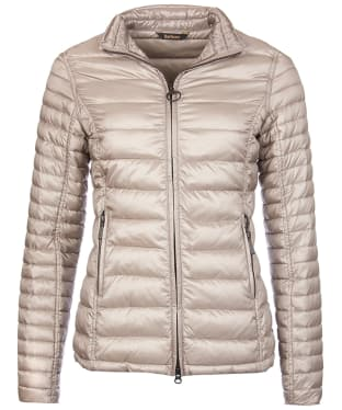 Women's Barbour Clyde Short Baffle Quilted Jacket - Taupe