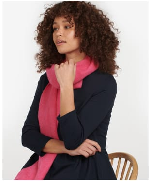 Women's Barbour Lambswool Woven Scarf - Hot Pink