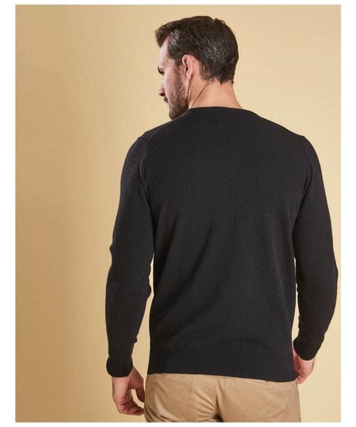 Men's Barbour Essential Lambswool Crew Neck Sweater - Black