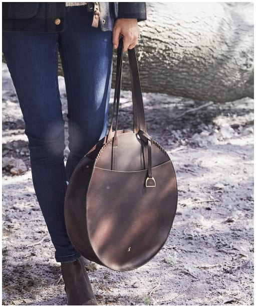 Women's Joules Foxton Round Leather Bag - Chocolate