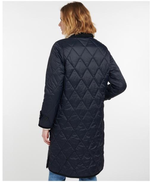 Women's Barbour Chesterwood Quilted Jacket - Dark Navy