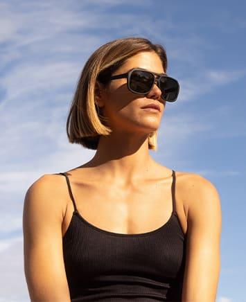 Oakley Sunglasses & Goggles